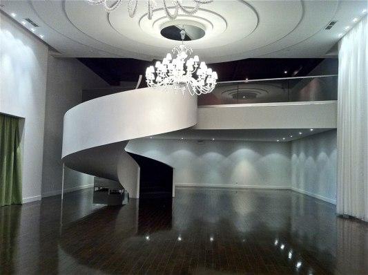 Salle d'expositions, des organismes et du Vulva Booth (mezzanine)